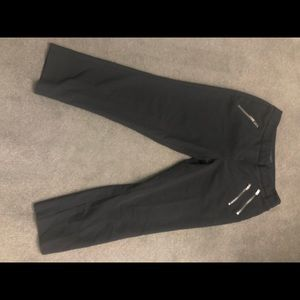 Black Worthington Capris